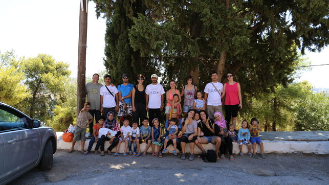 voluntarios-refugiados-campo-ritsona-grecia_ediima20160818_0503_4